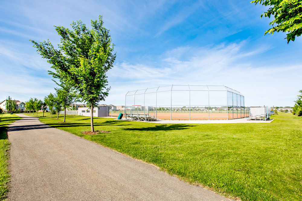Community Photography and Streetscapes by Crystal Puim Photography in Edmonton Alberta Client Lamont Land Harvest Ridge Community Photos Spruce Grove - photo of park